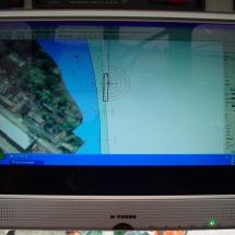 Door de aangeleverde GPS coordinaten vooraf in de computer van het schip te zetten kan er snel en prcies tussen de locaties gemanuvreerd worden