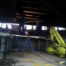 Reparaties onder lage bruggen kunnen met de Haaften goed uitgevoerd worden